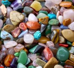 Liečivé náramky z krásnych minerálov!