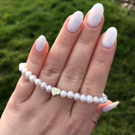 Perlový náramok z pravých riečnych perál so srdiečkom