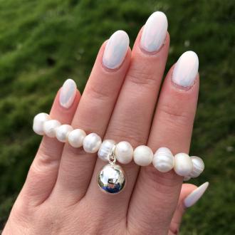 Perlový náramok z pravých riečnych perál so striebornou guličkou