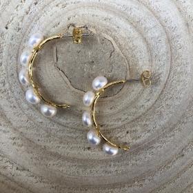 Náušnice polkruhy s pravými riečnymi perlami