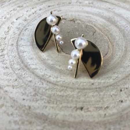 Náušnice Elli s bielymi perlami