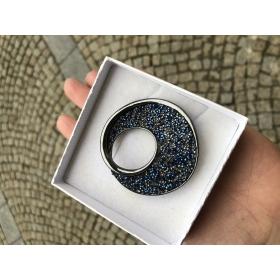 Brošňa elegantná so Swarovski krištáľom modro šedej farby