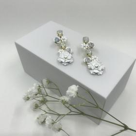 Náušnice Kady biele s ružičkami
